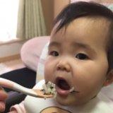 離乳食  カミカミ期  食べさせ方(後期/9か月/あんころもちさん):コップの練習をしよう!
